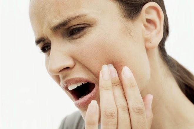Chăm sóc và điều trị răng bị ê buốt như thế nào?